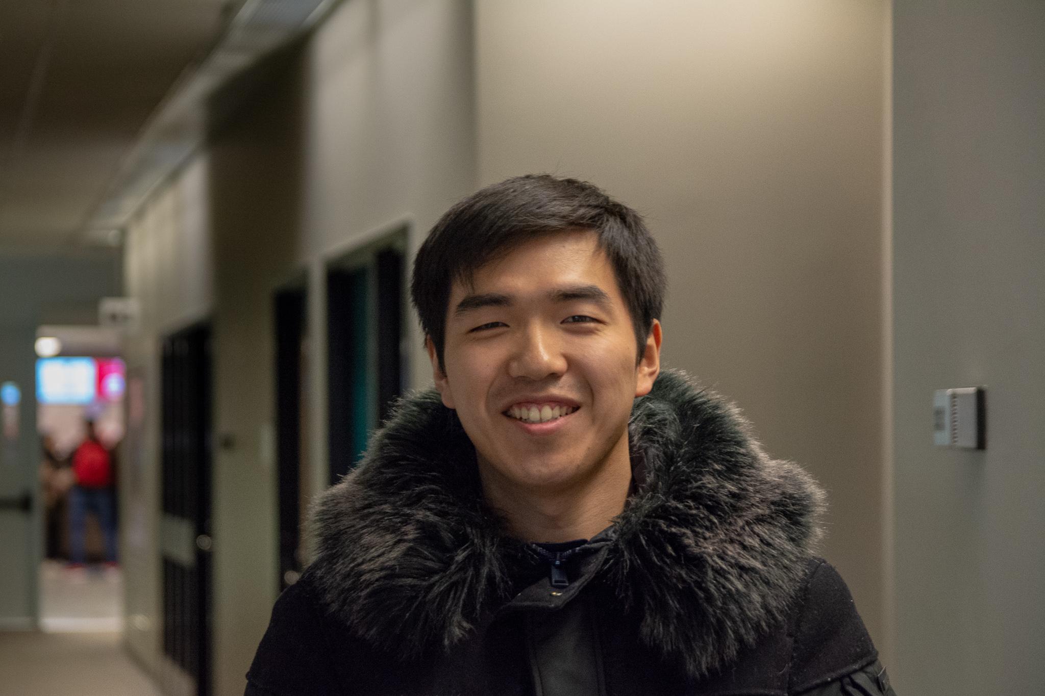 Yiren J Zhang